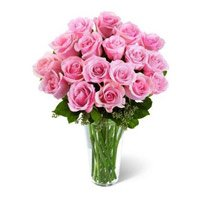 Send Online Pink Roses in Vase 24 Flowers