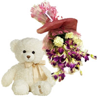 Flowers with Teddy in India