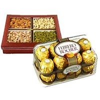 combination of 16 pcs Ferrero Rocher with 1/2 kg mixed dry fruits to India