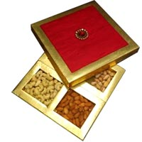 Mixed Dry Fruits Gift Pack delivery in Srinagar