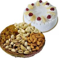 Pineapple cake and mix dry fruits - Online Anniversary Gift Hampers