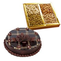1/2 kg chocolate cake and 500 gm mix dry fruits - Anniversary Gifts Online