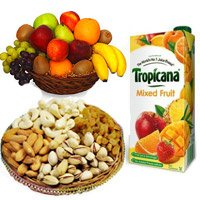 Pack of 1 ltr mix fruit juice, 500 gm mix fruit juice and 1 kg fruit basket - Anniversary Gifts to India