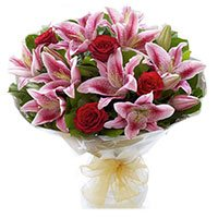 Bouquet of 9 red rose and 4 pink lily