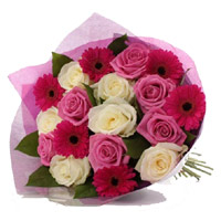Online Red Gerbera Pink White Roses Bouquet 18 Flowers