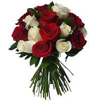 Valentine's Day Roses Delivery in Chinchwad