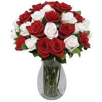 Buy Red White Roses Vase 24 Flowers
