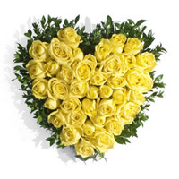 Deliver Flowers to India : 40 Yellow Roses Heart