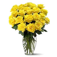 Flowers to India : 24 Yellow Roses Vase