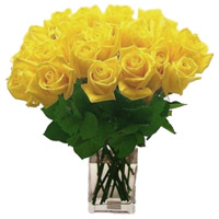 Deliver Flowers Vase in India